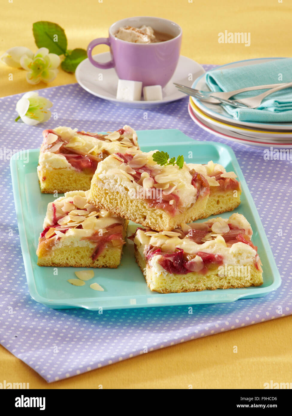 Rhabarber Quark Torte Stockfoto Bild 91966706 Alamy