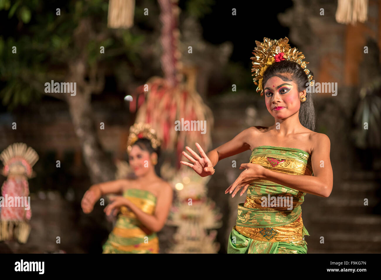 Bali-Tänzerin, die Durchführung des klassisches Ramayana Ballet, Ubud Palast / Puri Saren Agung, Ubud, Stockbild