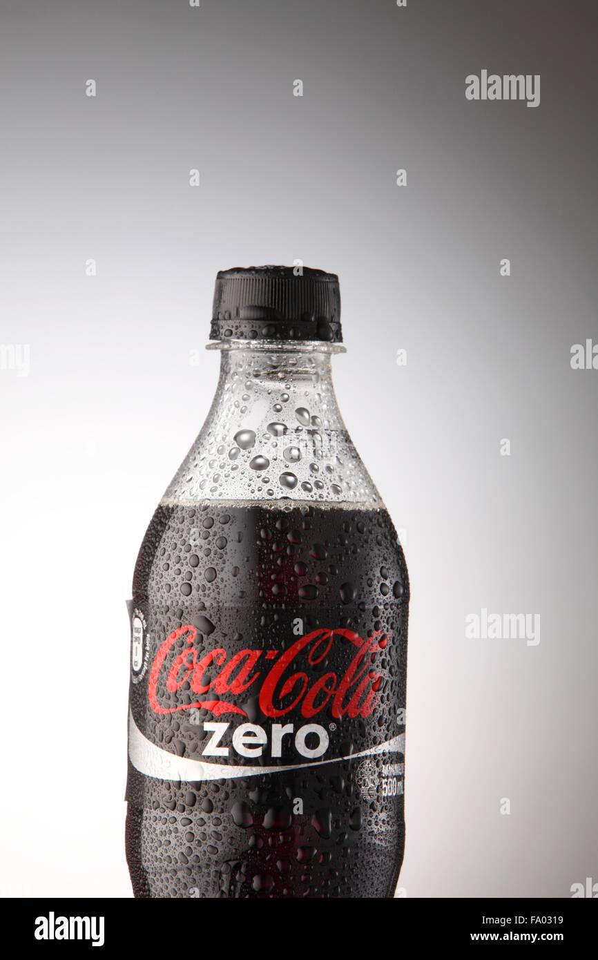 Fantastisch Coca Cola Schrank Ideen - Schlafzimmer Ideen - losviajes ...