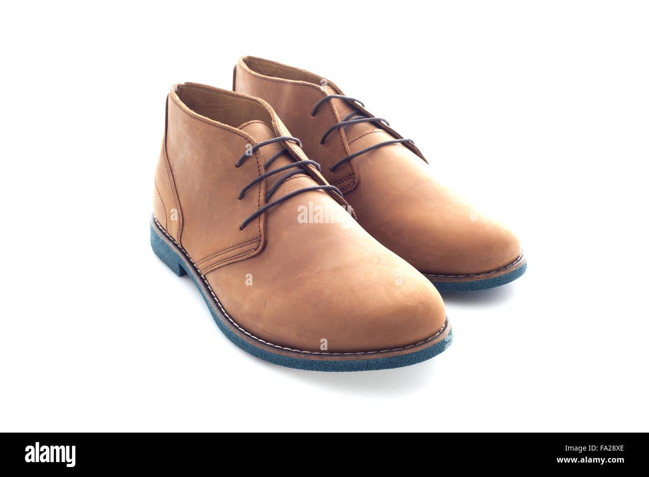 Mens Wildleder Schuhe auf weißem Hintergrund Stockbild