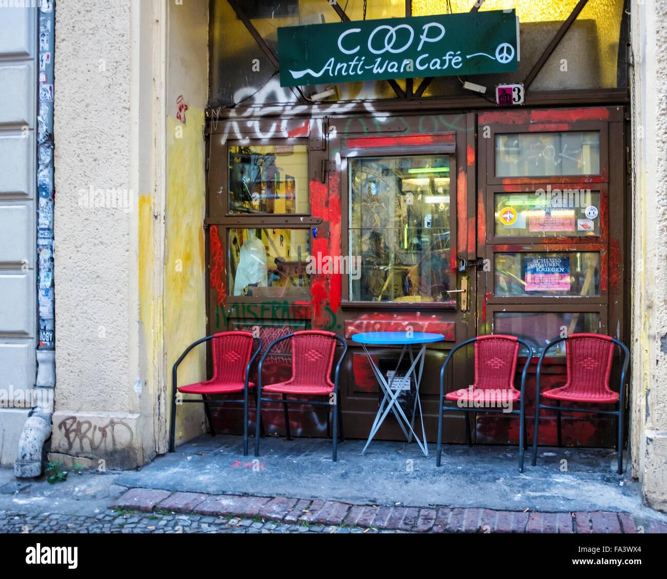 Berlin-Coop Anti-Kriegs Cafe Exterieur, alternativer Treffpunkt und Galerie Stockbild