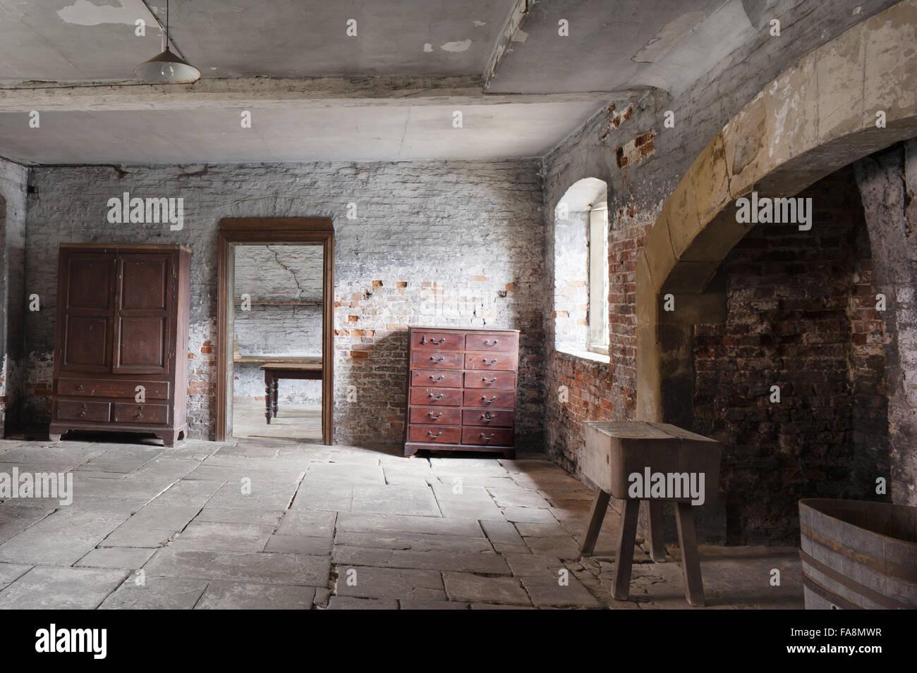 Elegant Die Molkerei In Dunham Massey, Cheshire. Die Funktion Dieses Raumes Hätte  Mehr Von Einer