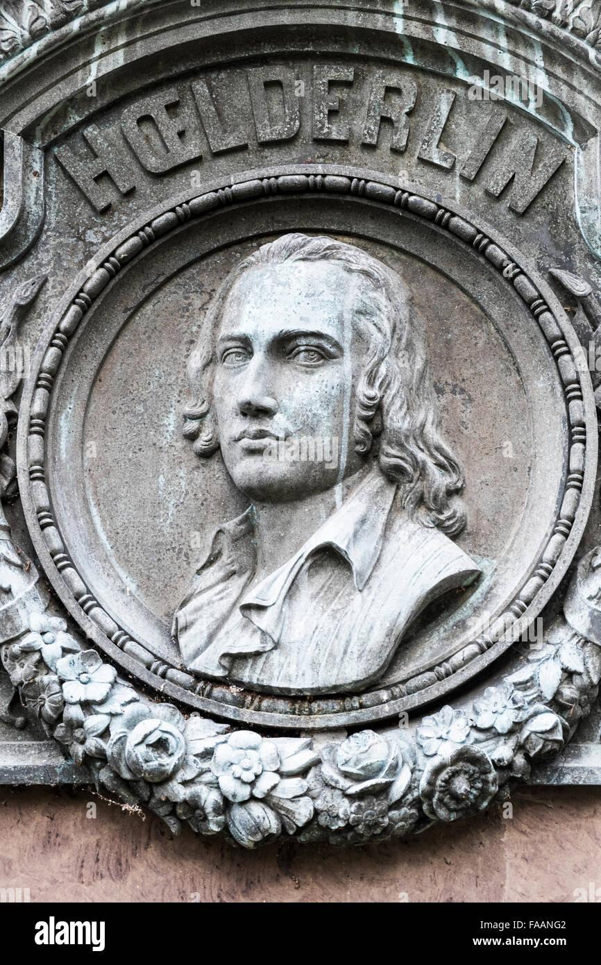 Denkmal des deutschen Dichters Friedrich Hölderlin zeigt ein Porträt des Dichters, Lauffen bin Neckar Stockbild