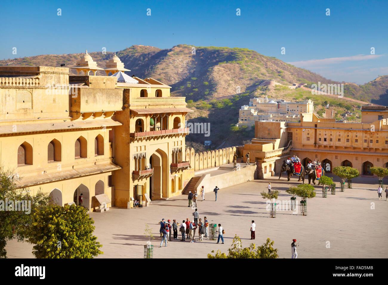 Blick auf Jaleb Chowk Innenhof, Amber Fort, Jaipur, Indien Stockbild