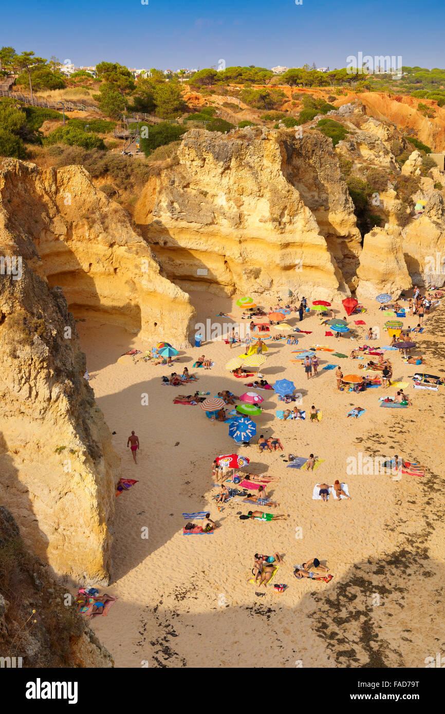 Algarve-Strand in der Nähe von Albufeira, Portugal Stockbild
