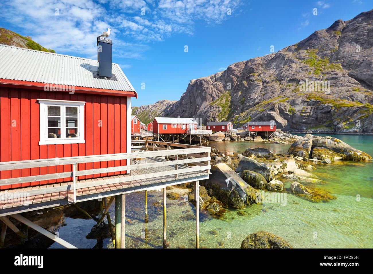 Traditionelle rote Fischer Hütten Rorbu, Lofoten Island, Norwegen Stockbild