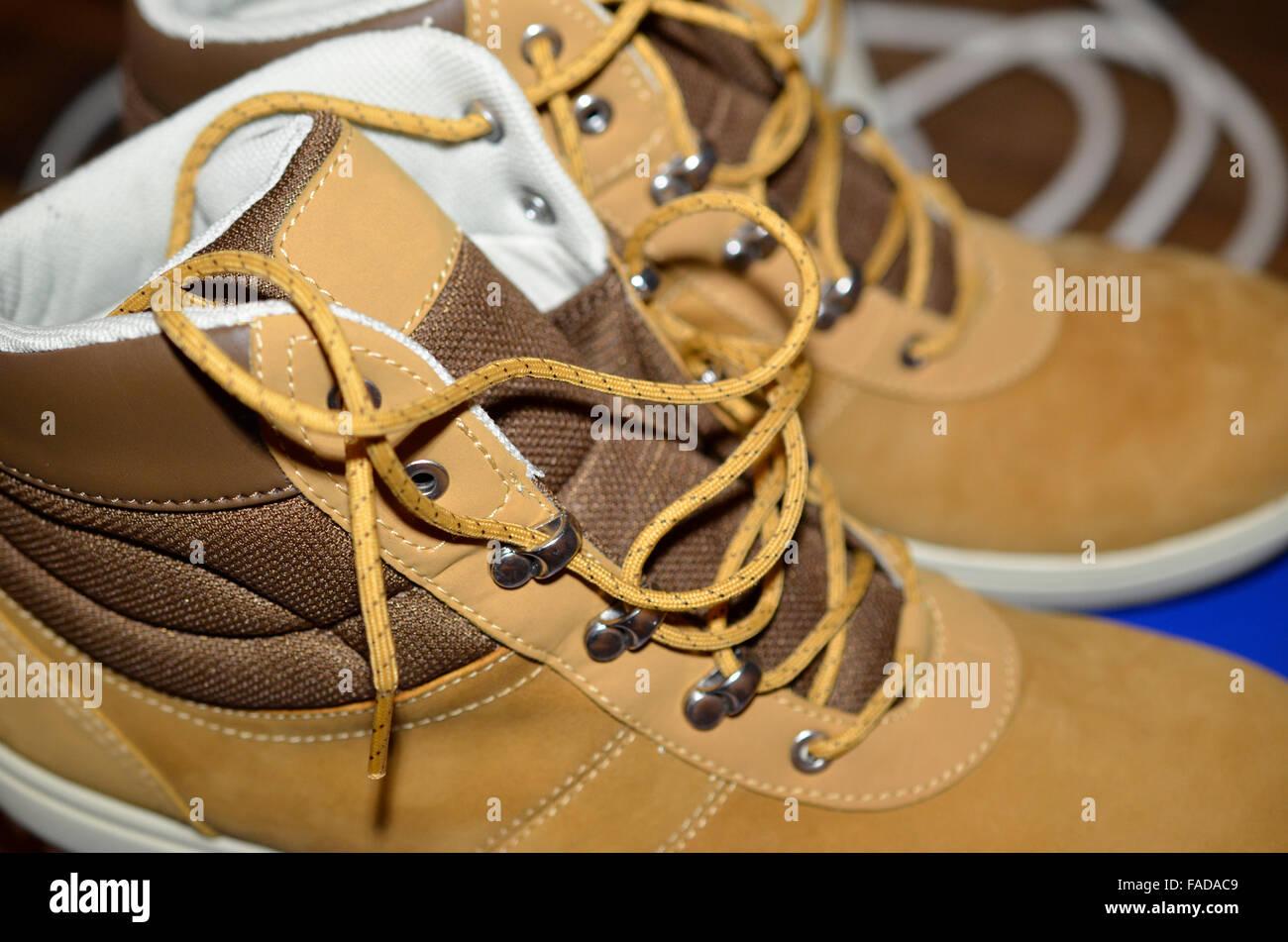 ein paar Wildleder Schuhe Closeup, horizontale Stockbild