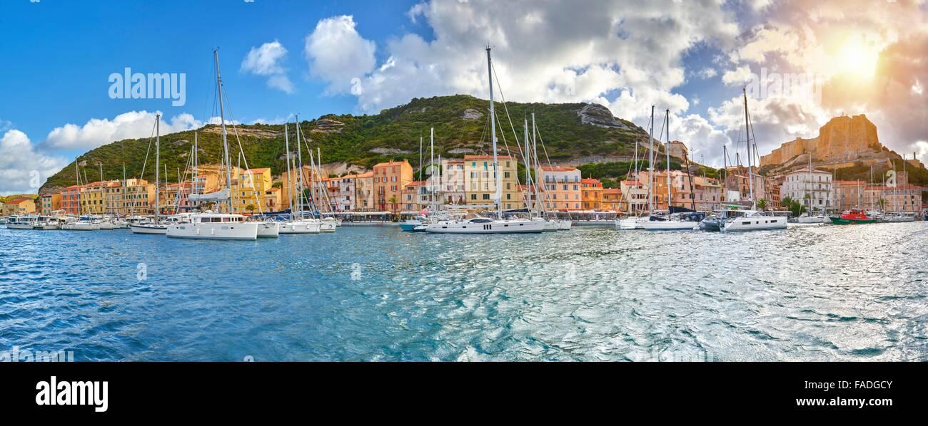 Bonifacio Hafen, Südküste der Insel Korsika, Frankreich Stockbild