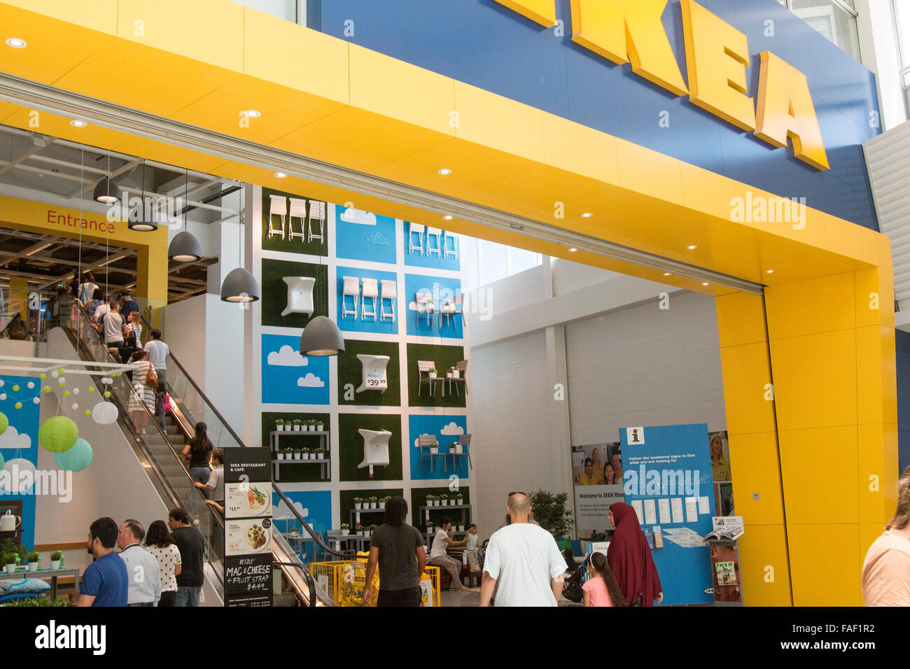 ikea möbelhaus eingang im rhodos shopping centre in sydney, new
