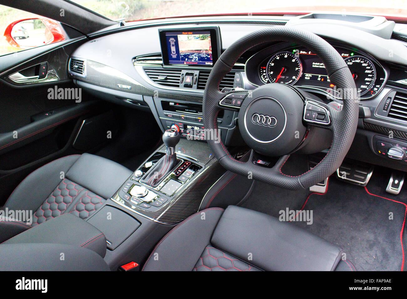 Hong Kong, China 30. April 2014: Audi RS7 Sportback Seden 2014 ...