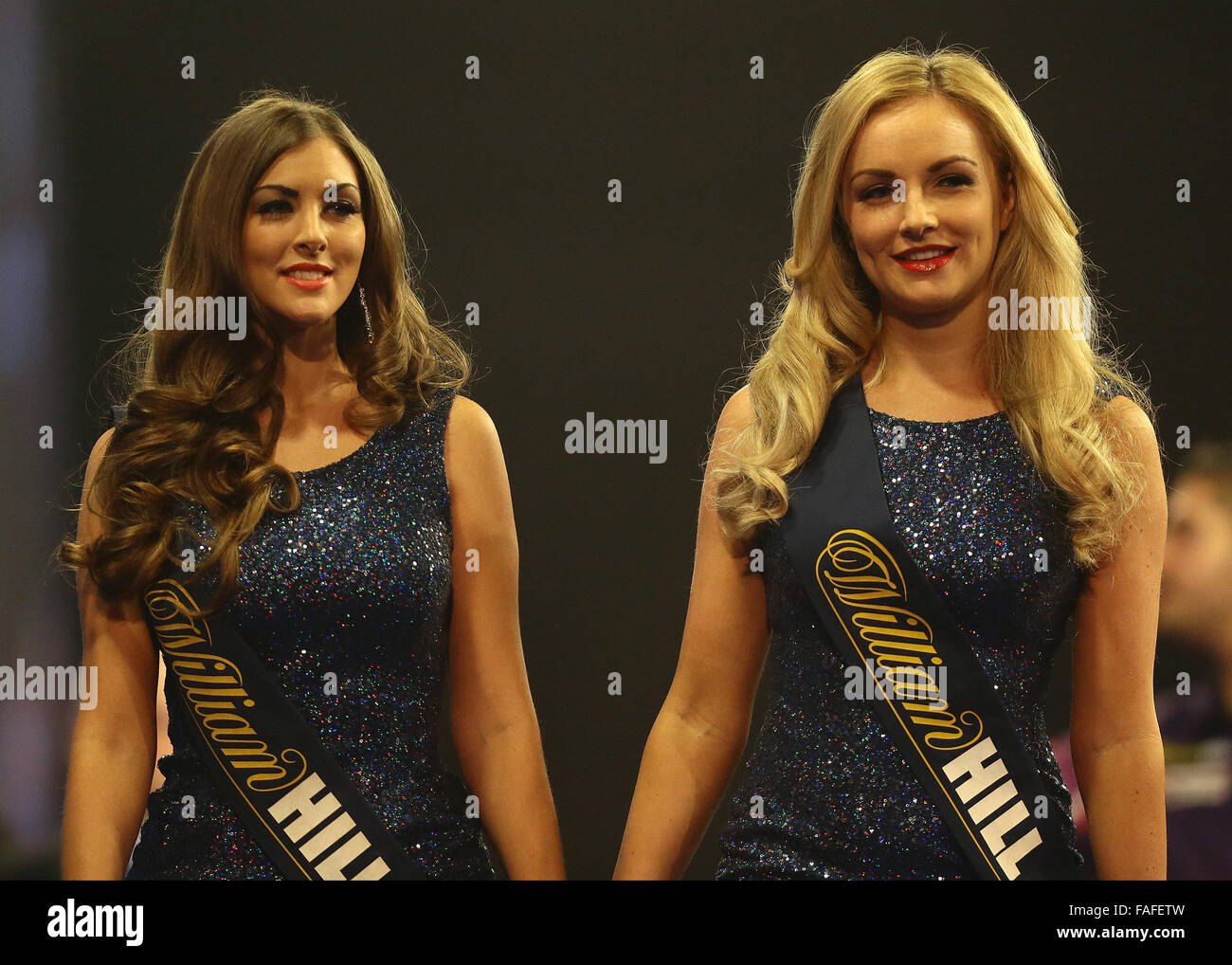 Darts Girls Stockfotos Darts Girls Bilder Alamy