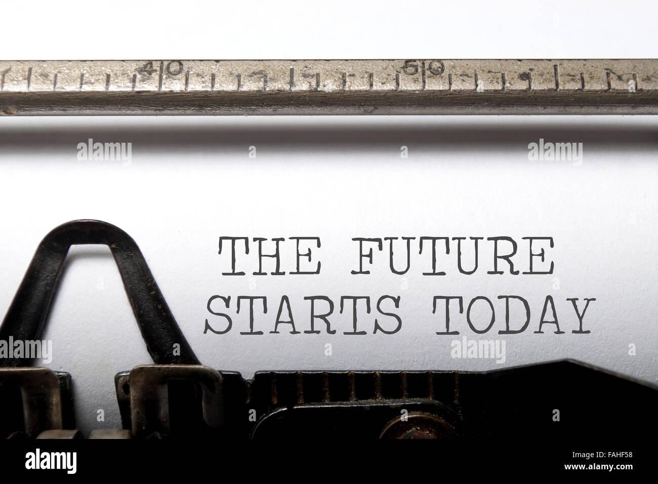 Die Zukunft beginnt heute motivierenden Spruch Stockfoto
