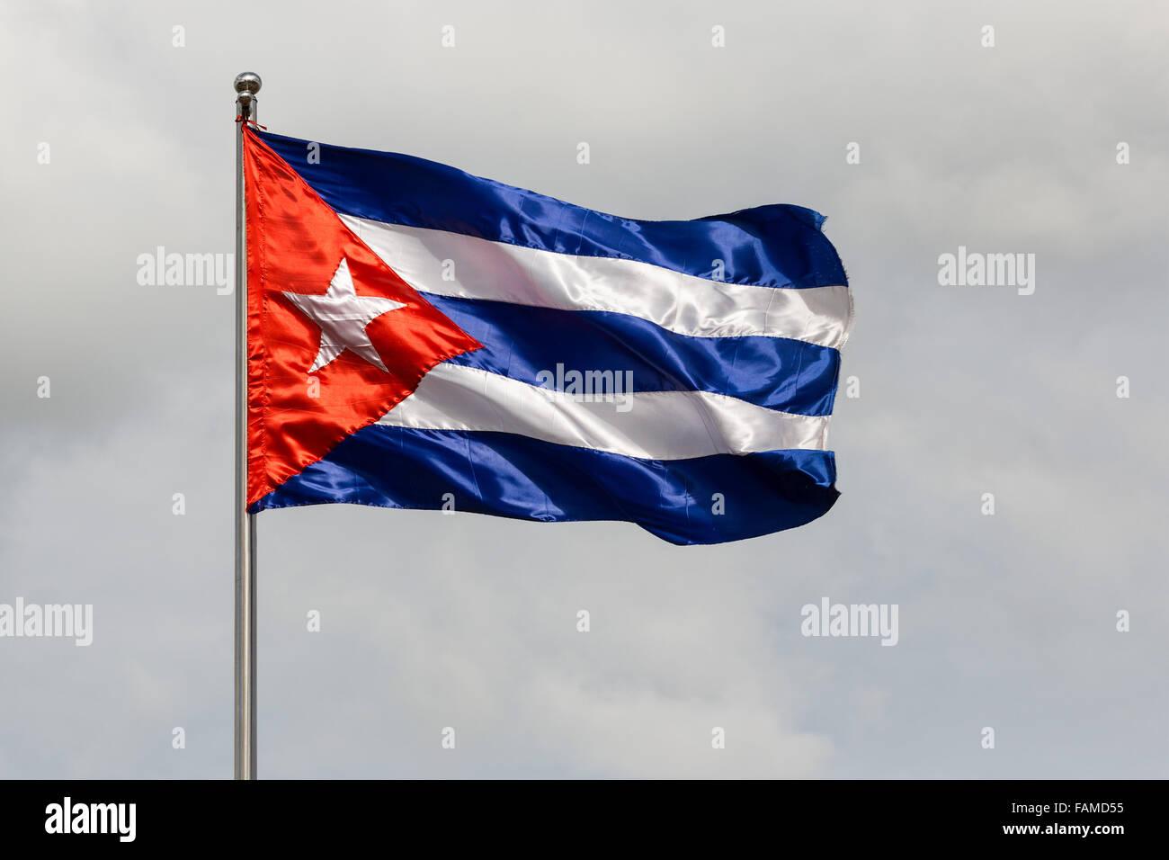 Kubanische Flagge im Wind wehen Stockbild