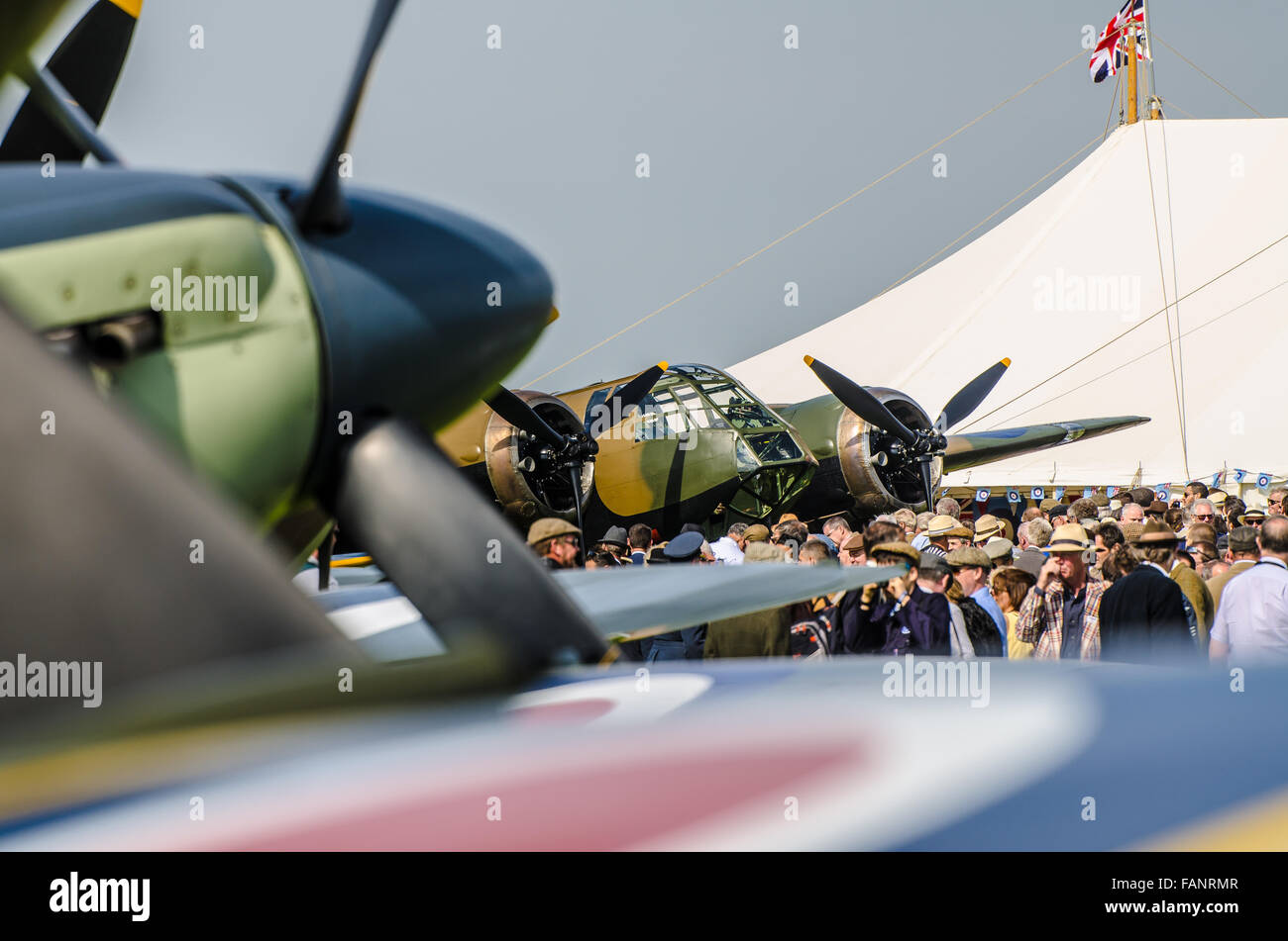 Flugzeuge. Das Goodwood Revival ist ein dreitägiges Festival im September in Goodwood Circuit Seit 1998 für Stockbild