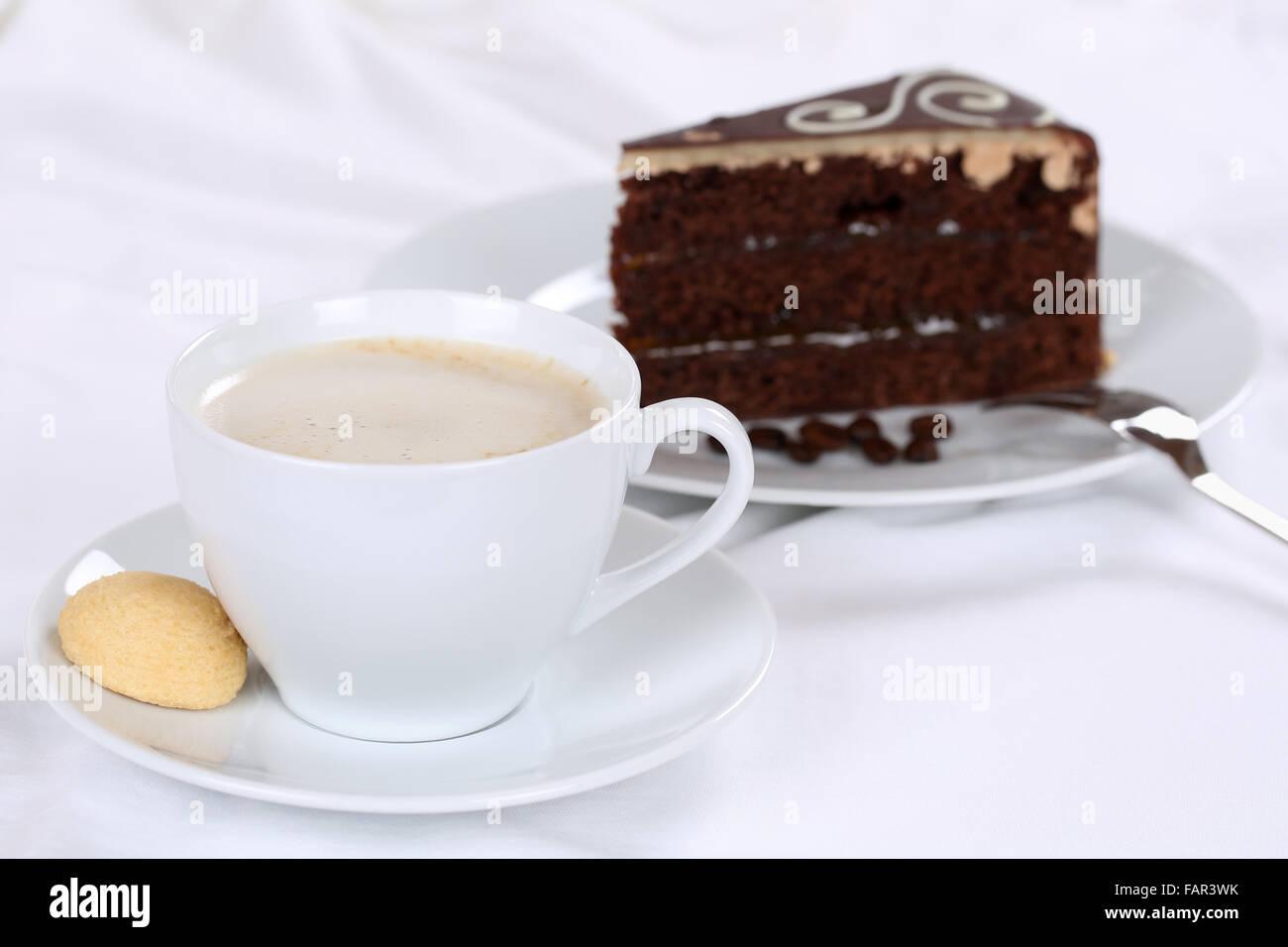 Kaffee und Kuchen Schokolade Torte Süßspeise Gebäck Stockbild