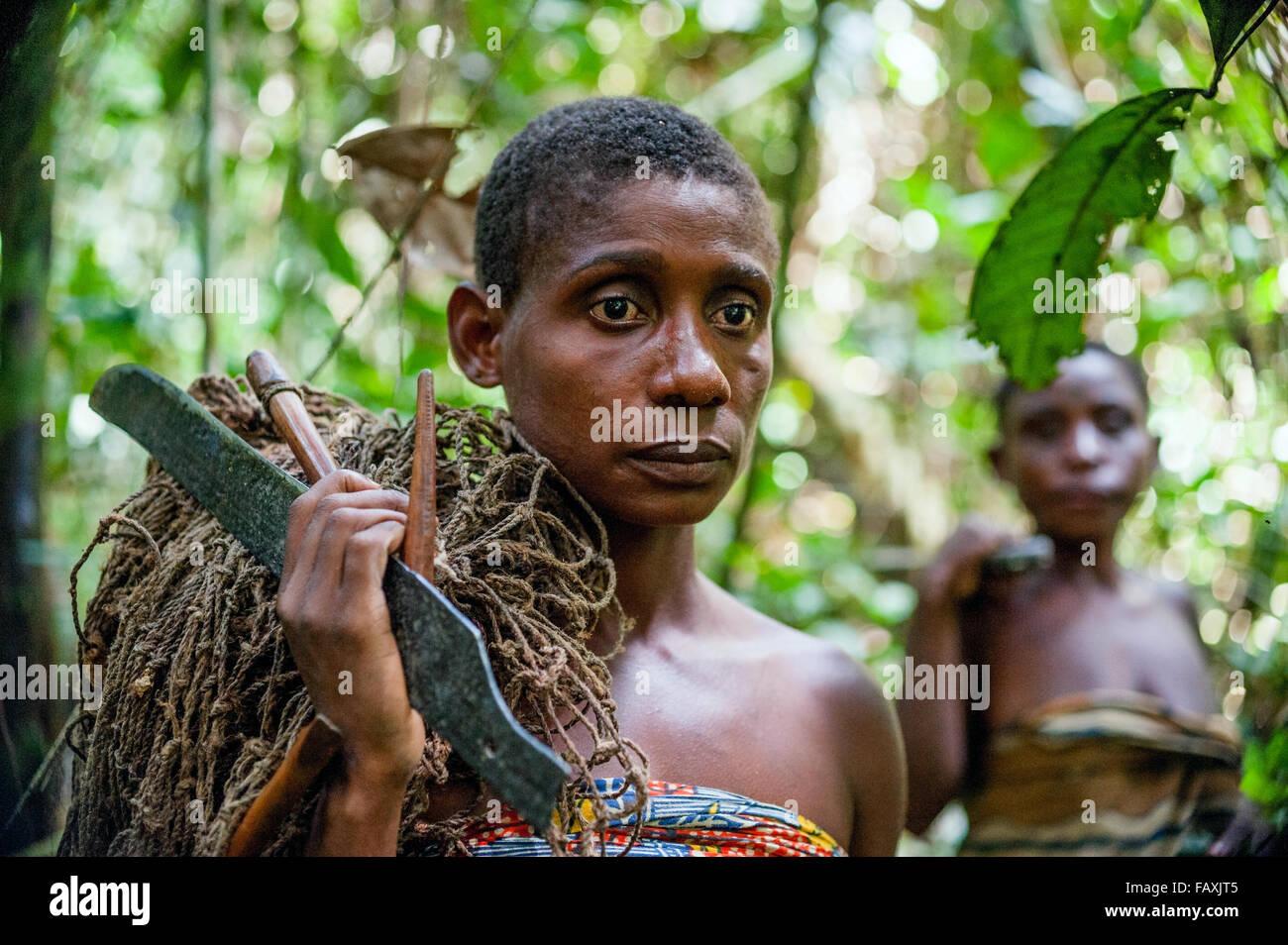 pygmaen madchen nackt
