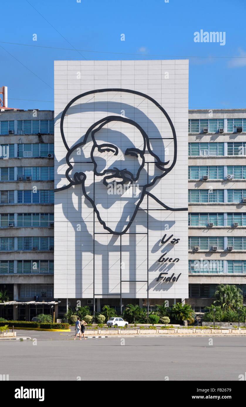 """""""Vas Bien Fidel"""" Wandbild und Stahl Umriss von Camilo Cienfuegos Stockbild"""