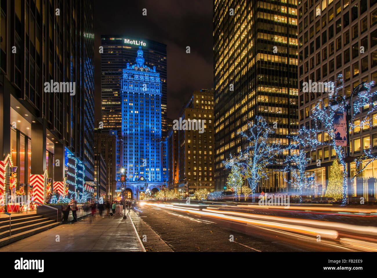 christmas new york city stockfotos christmas new york. Black Bedroom Furniture Sets. Home Design Ideas