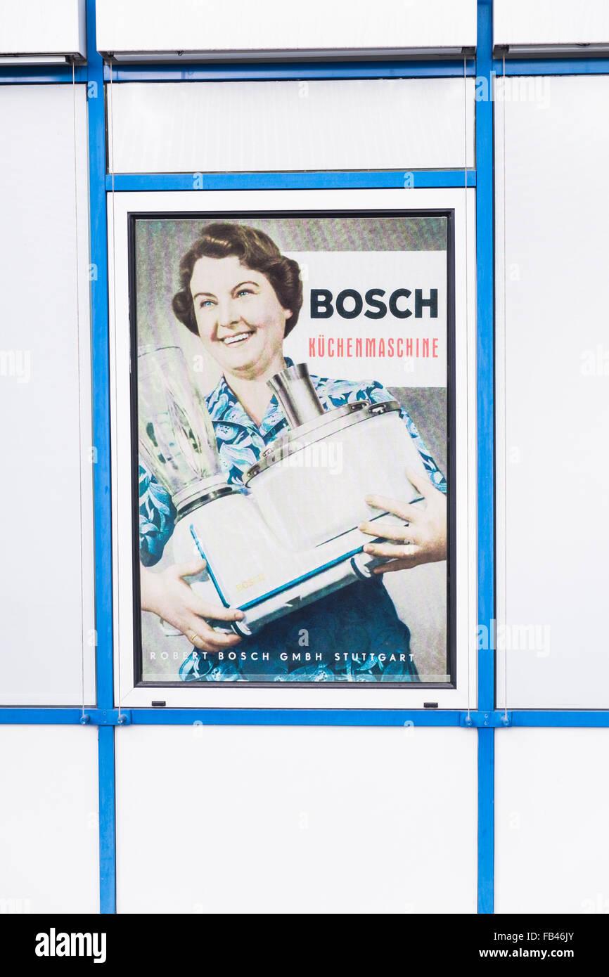 Historisches Plakat Werbung für eine Küchenmaschine Hilfe am Eingang das Unternehmensarchiv der Robert Stockbild