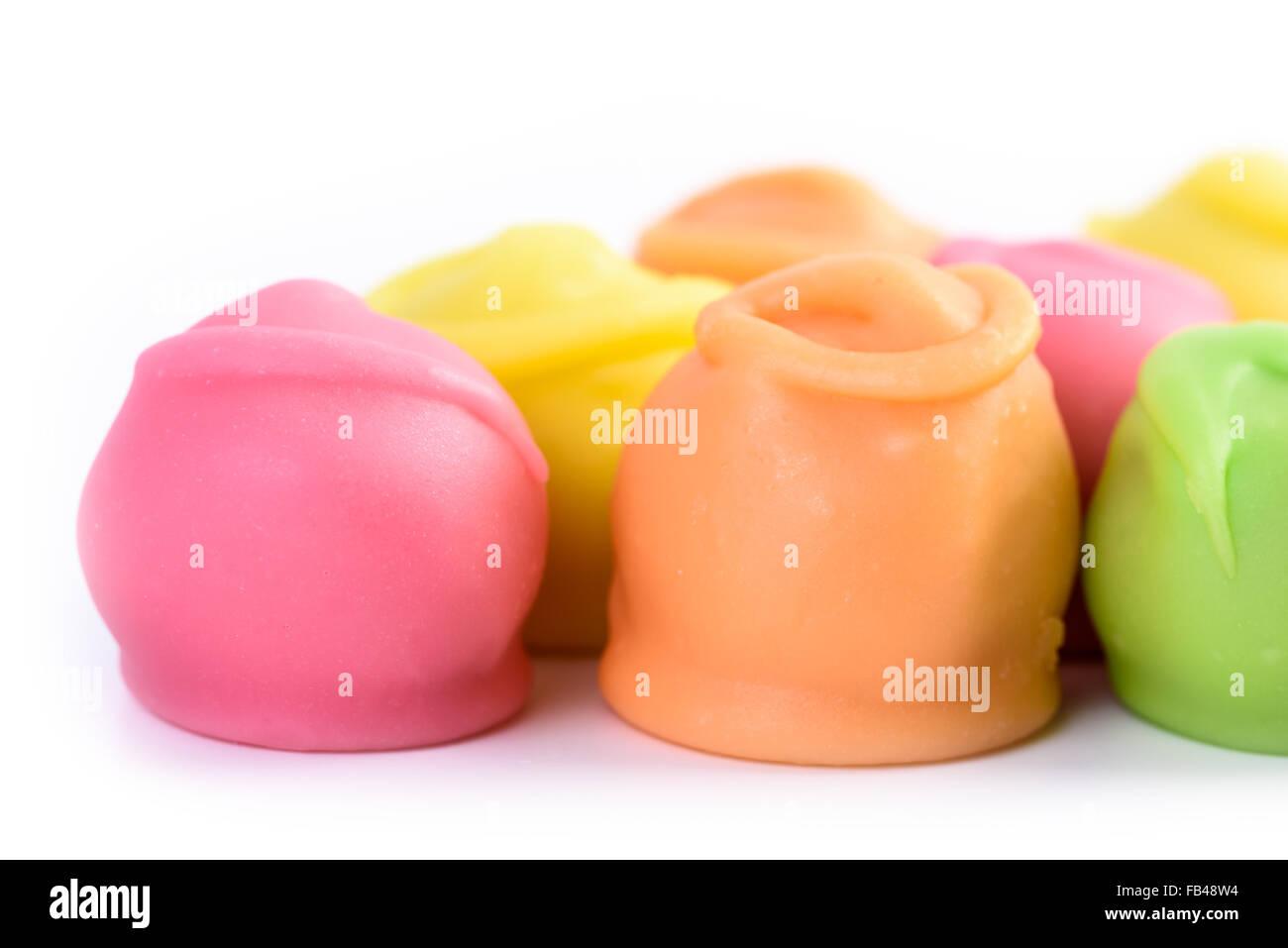 background colorful bonbons stockfotos background colorful bonbons bilder alamy. Black Bedroom Furniture Sets. Home Design Ideas