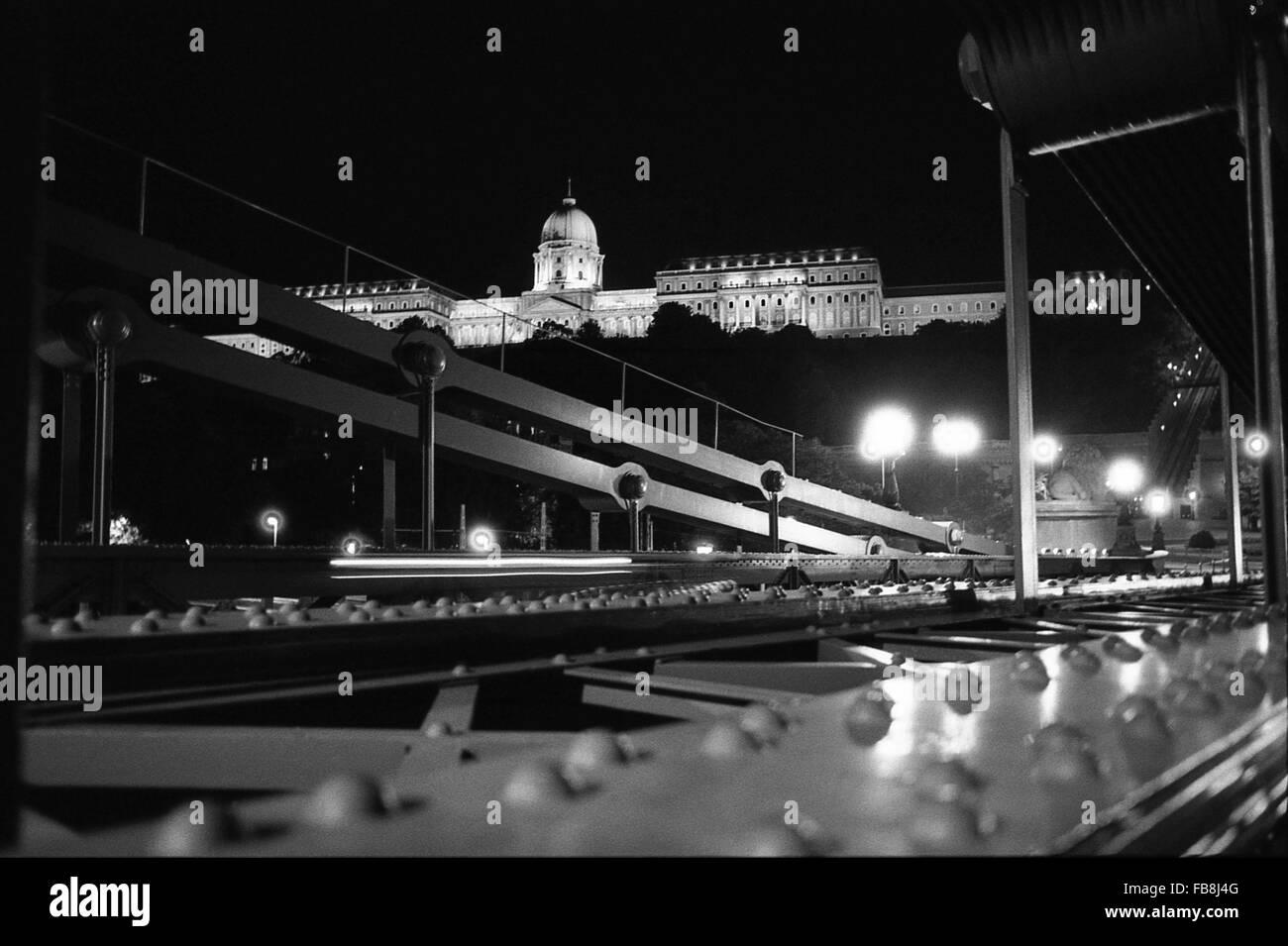 Blick auf Bupapest zum Zeitpunkt der neunziger Jahre. -1990 - Ungarn / Budapest - Blick auf Bupapest zum Zeitpunkt Stockbild