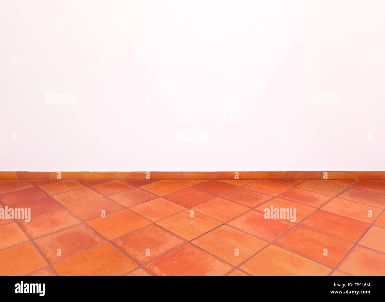 Top Rote Fliesen Stockfotos & Rote Fliesen Bilder - Alamy CZ93
