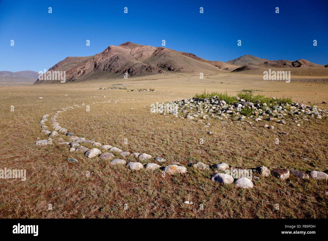 """Eine 3.000 Jahre alte """"Kurgan,"""" vermutlich eine Turkic Grab-Markierung aus Zeiten der Hsiung-nu in Kharkhiraa Stockbild"""