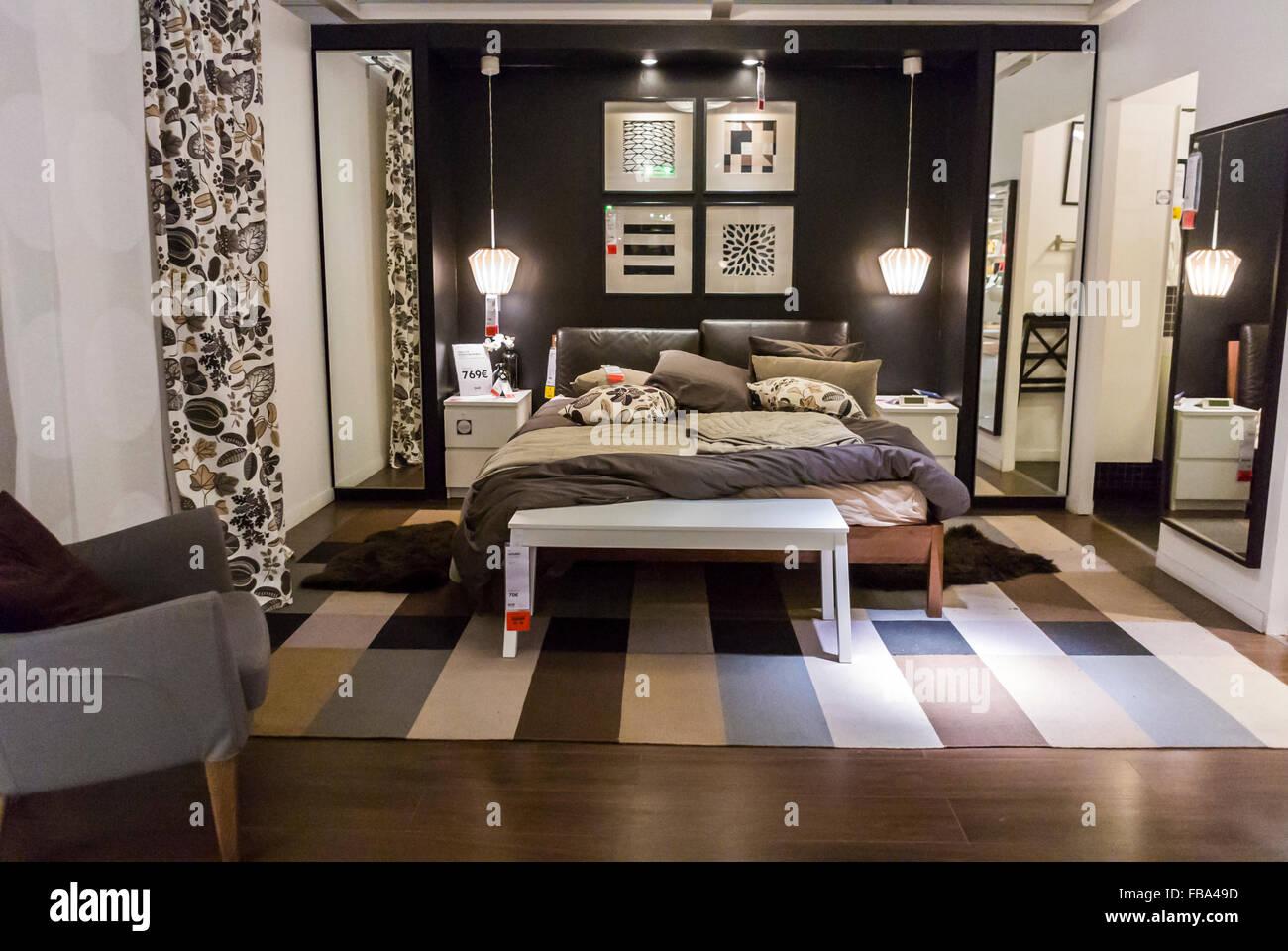 Paris, Frankreich, Anzeige in moderne Haushaltswaren Baumarkt, IKEA ...
