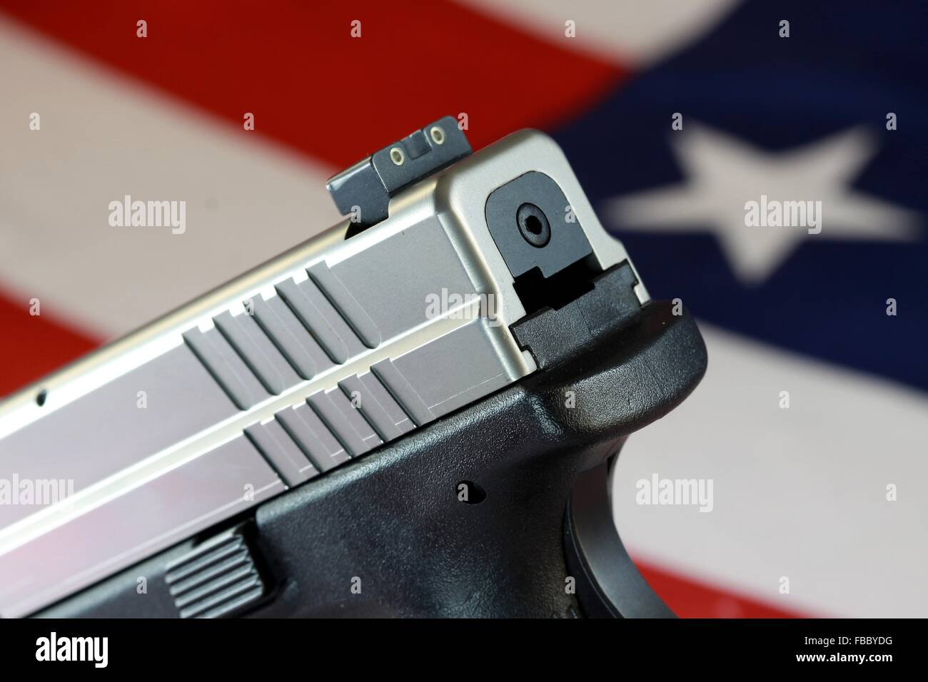 Pistole mit USA Flagge - The Right to Bear Arms Stockbild