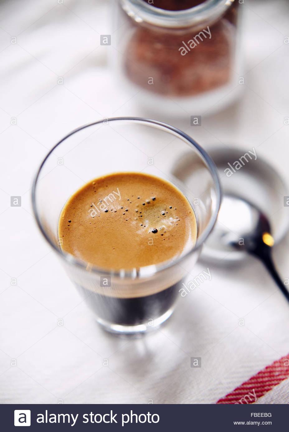 Glastasse Espresso overhead Stockbild