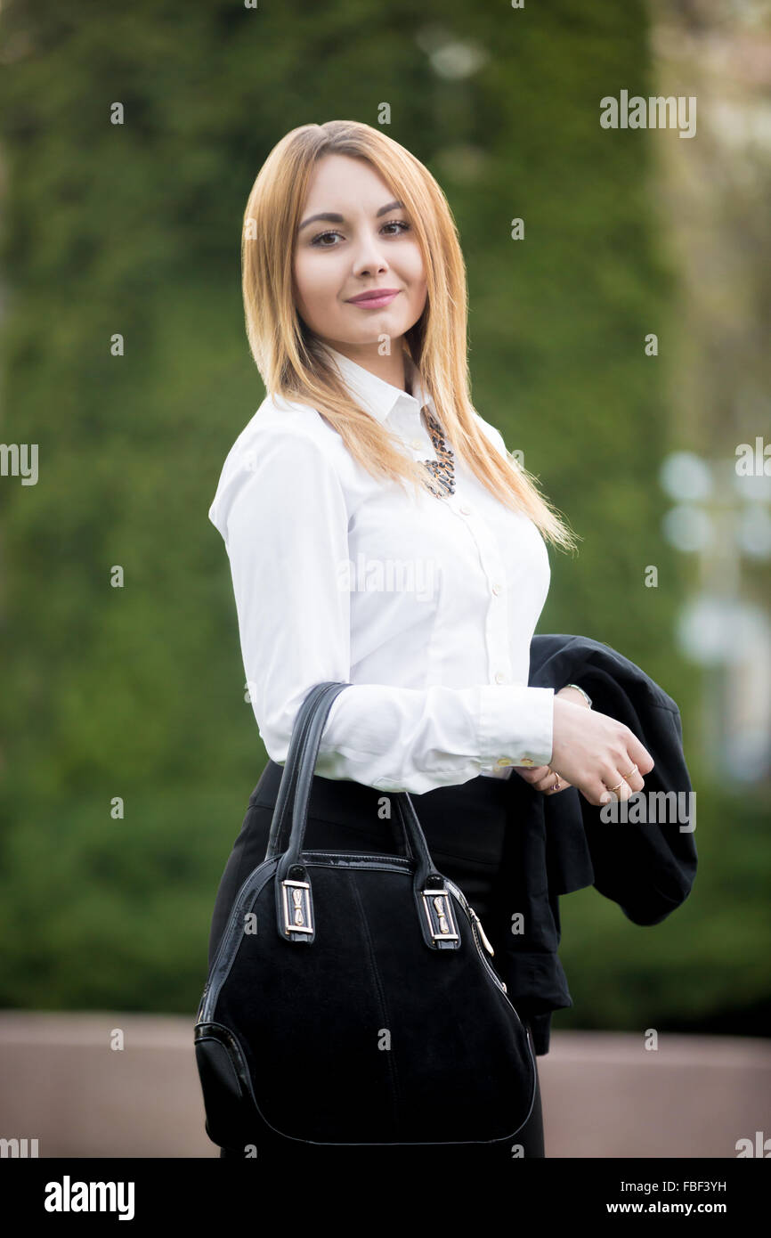 4945f0801526 Blond Plus Size Business Woman Stockfotos & Blond Plus Size Business ...