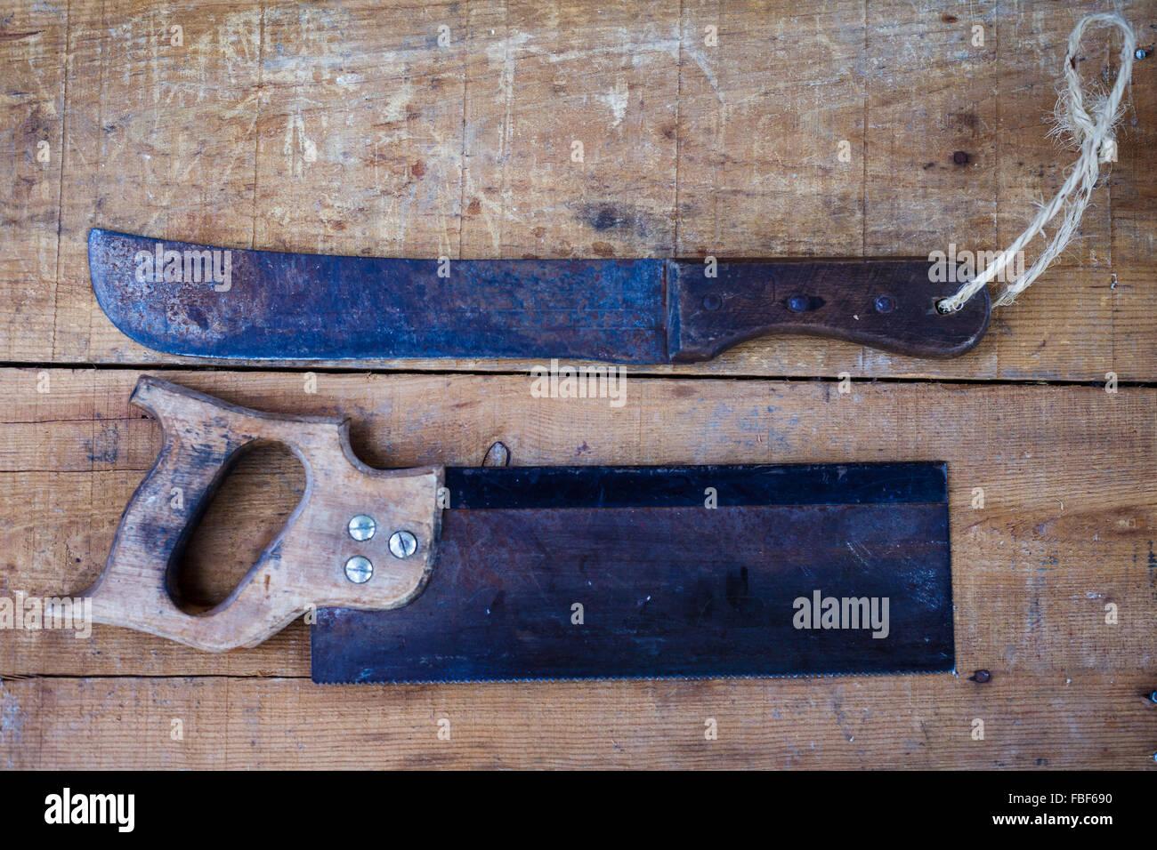 Direkt über dem Schuss von Ausrüstung auf Tisch Stockbild
