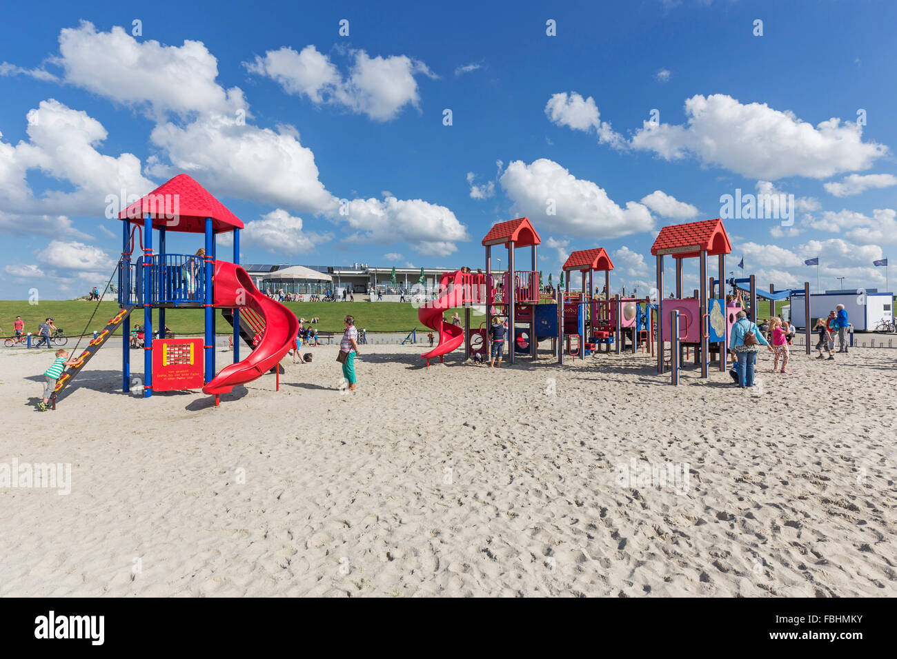 Kinderspielplatz Im Hintergrund Restaurant Wattkieker Harlesiel Stockfotografie Alamy