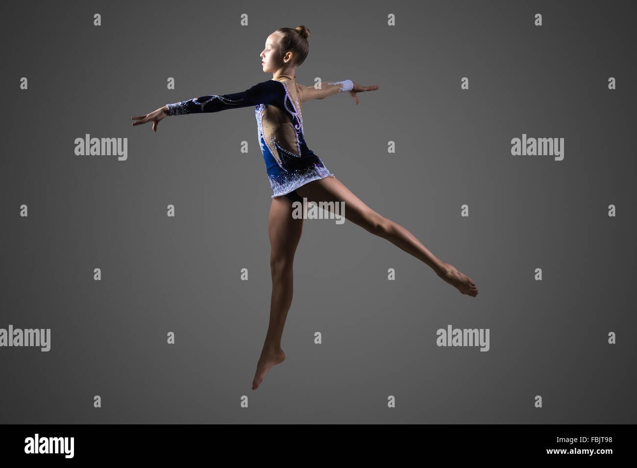 Schöne Coole Junge Passen Turnerin Frau In Blauen Sportbekleidung