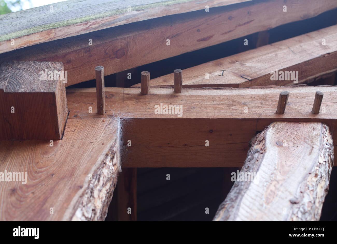 Traditional Oak Building Cruck Frame Stockfotos & Traditional Oak ...