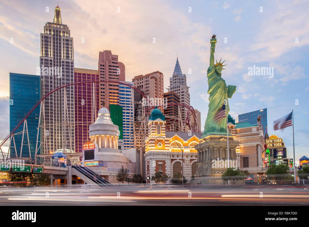 Abend in das New York New York Hotel und Casino, Las Vegas Stockbild