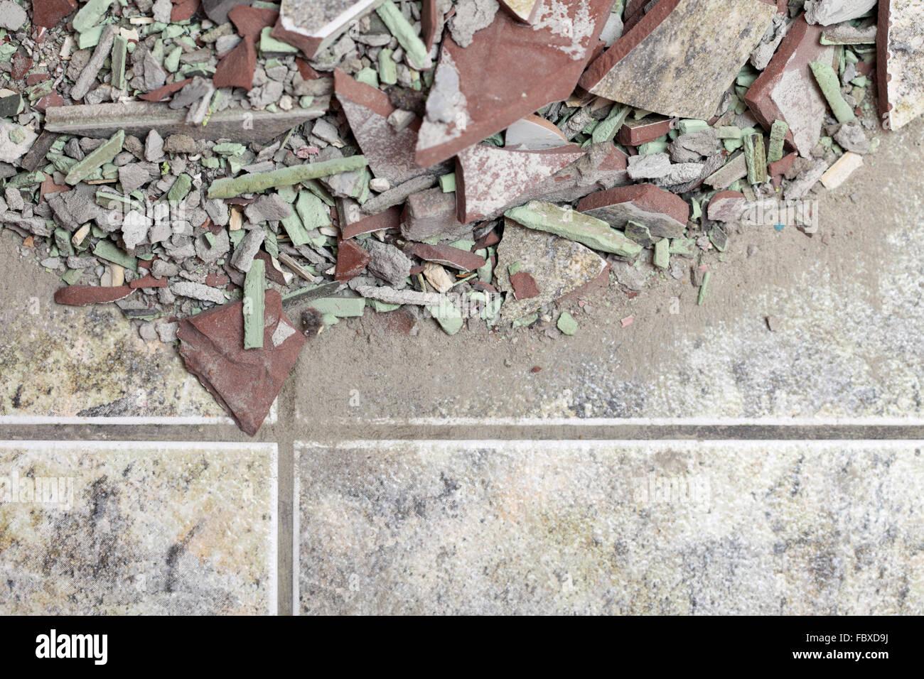 Fußboden Aus Ziegelsteinen ~ Nahaufnahme von einem alten haufen ziegel fußboden fliese stockfoto