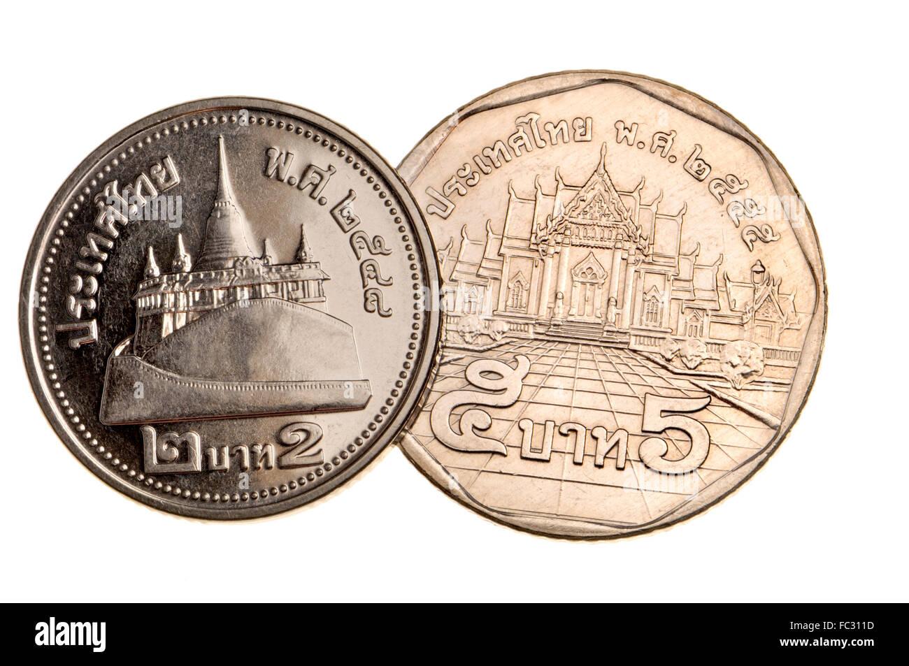 Thai 2 Und 5 Münzen Baht Zeigen Chedis Der Tempel Des Smaragd Buddha