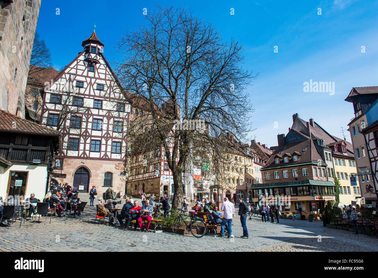 Fachwerkhäusern auf Albrecht Duerer Platz, Nürnberg, Bayern, Deutschland Stockbild