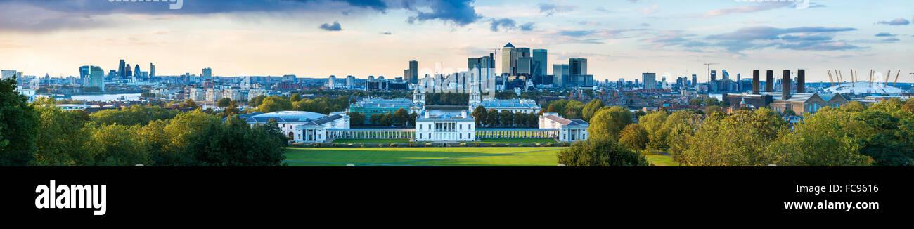 Blick auf Canary Wharf von Greenwich Observatory, Greenwich, London, England, Vereinigtes Königreich, Europa Stockbild