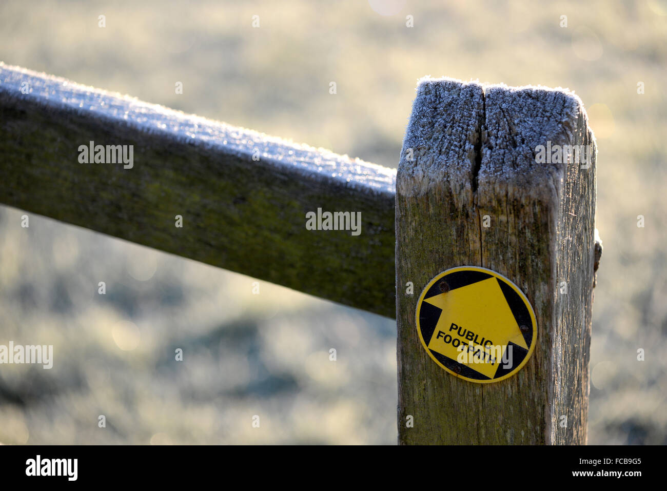 Wanderweg Schild am Tor post UK Stockbild