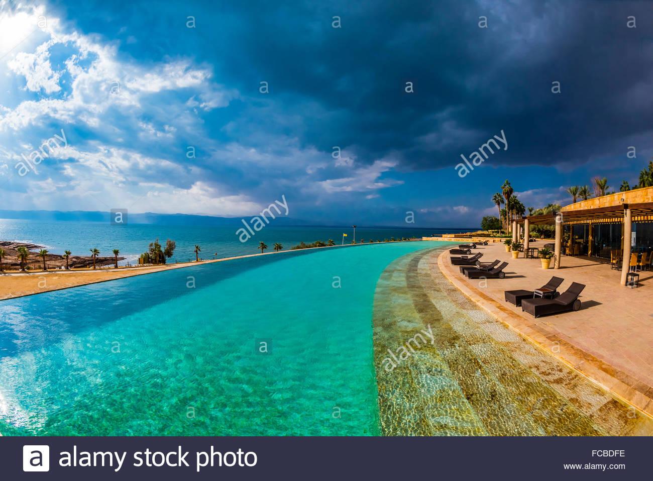 sea point swimming pool stockfotos sea point swimming. Black Bedroom Furniture Sets. Home Design Ideas