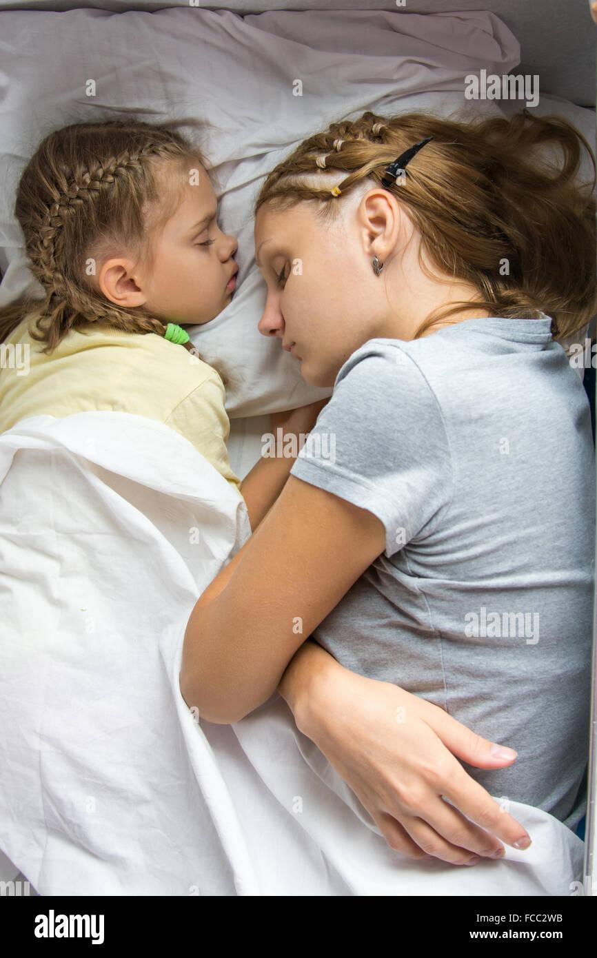 Schlafen ich meiner tochter will mit Wie bringe