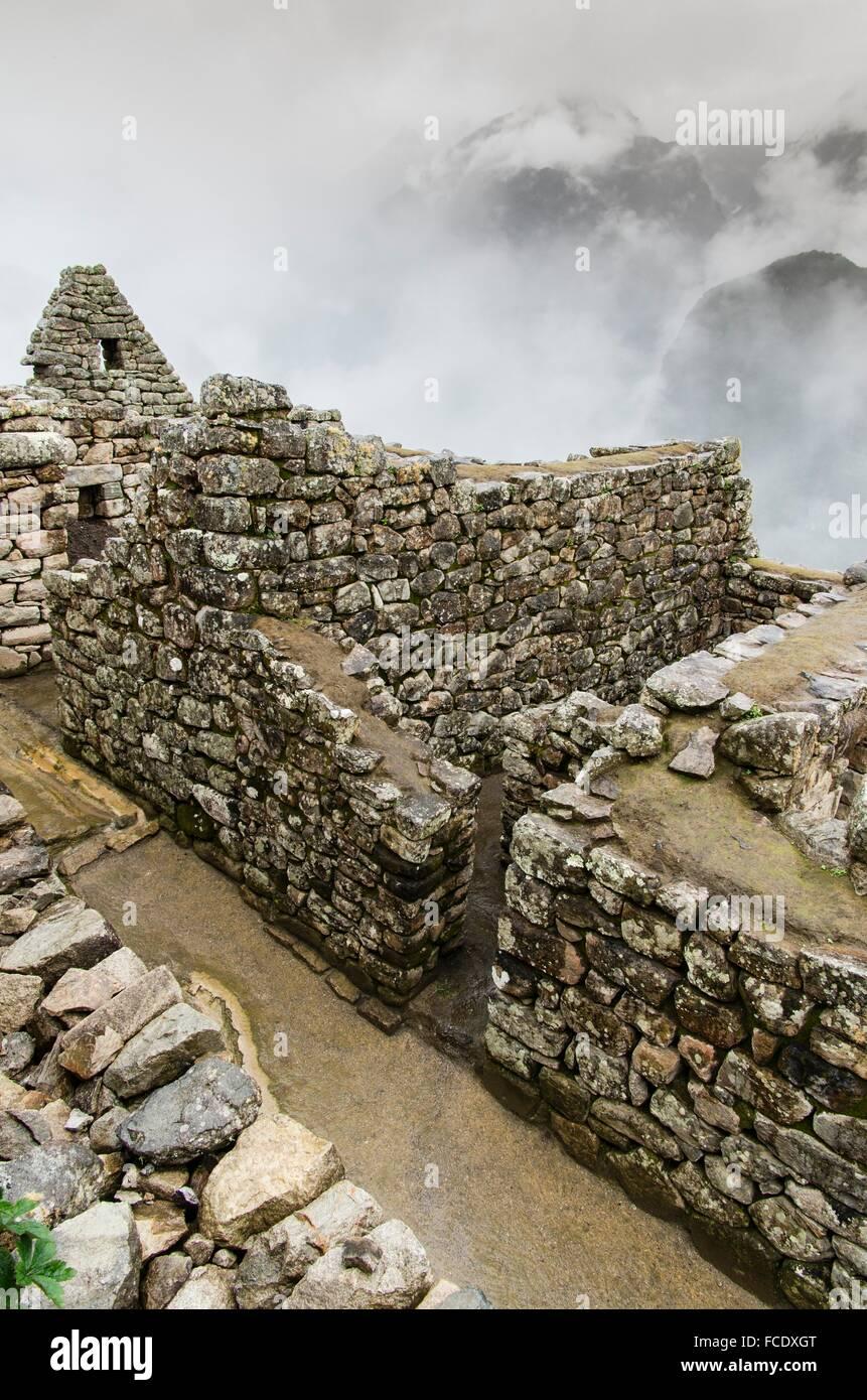 Archäologische Stätte von Machu Picchu, Cusco, Peru.Acllawasi oder Fabrik Häuser. Stockbild