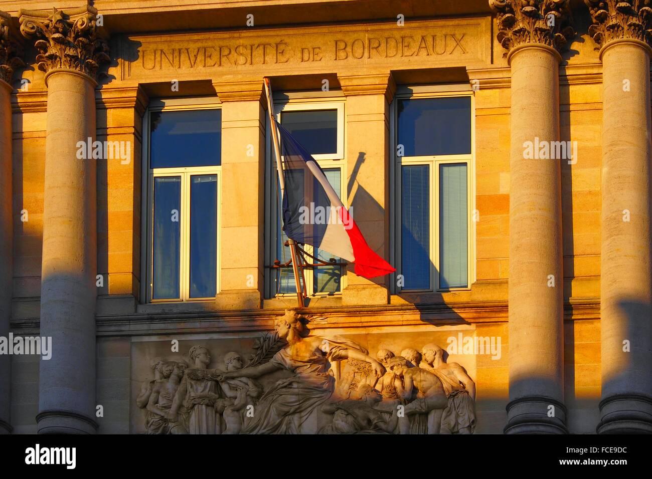 Frankreich-Aquitanien-Gironde-in der Mitte des alten Bordeaux, einem ehemaligen Universitätsgebäude, jetzt Stockbild
