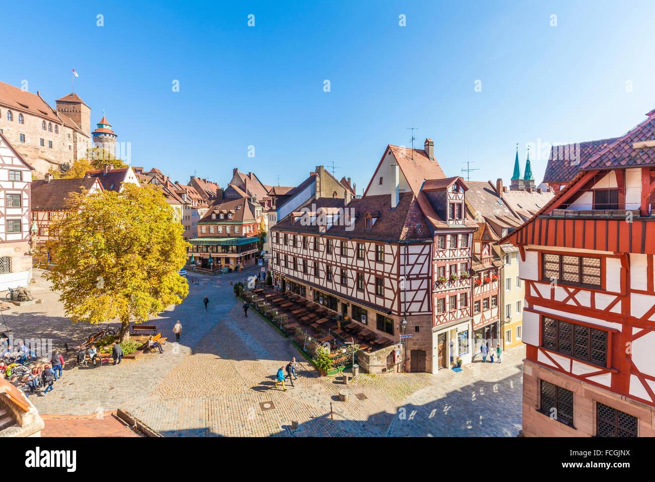 Deutschland Bayern Nürnberg alte Stadt Albrecht-Dürer-Haus richtige Nürnberger Burg und Tiergaertnertorplatz Stockbild
