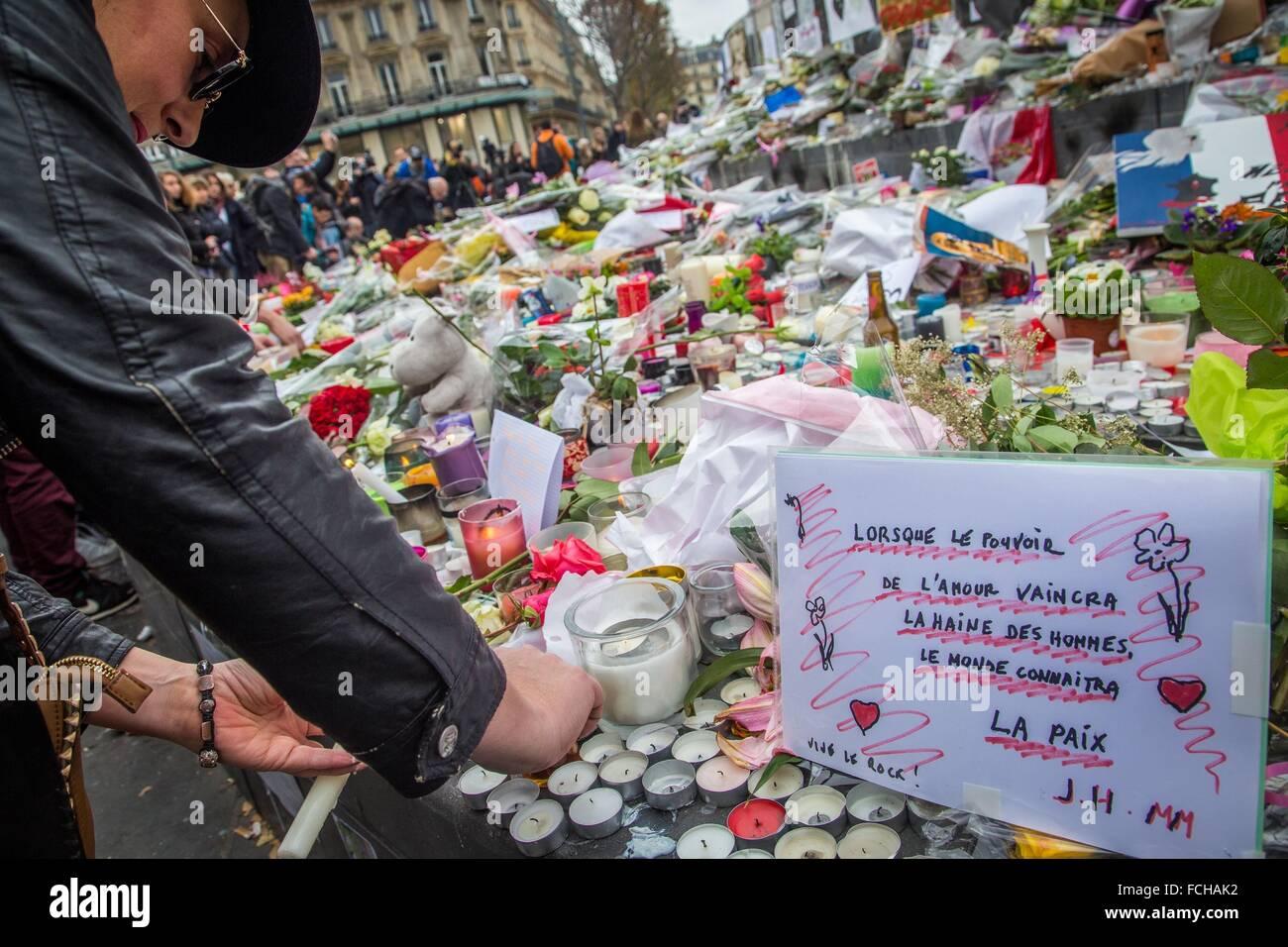 TERRORANSCHLÄGE IN PARIS VERÜBT MITGLIEDER DER ISIS, ISLAMISCHE STAAT, 11. ARRONDISSEMENT, PARIS (75), Stockbild