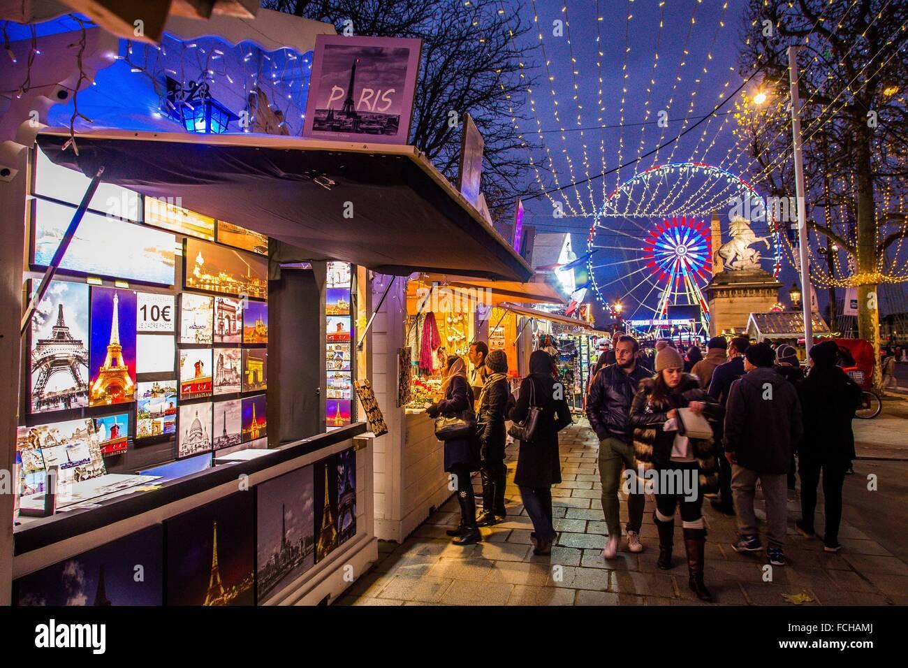 Paris Weihnachtsmarkt.Weihnachtsmarkt Champs Elysee Paris Stockfoto Bild 93809314 Alamy