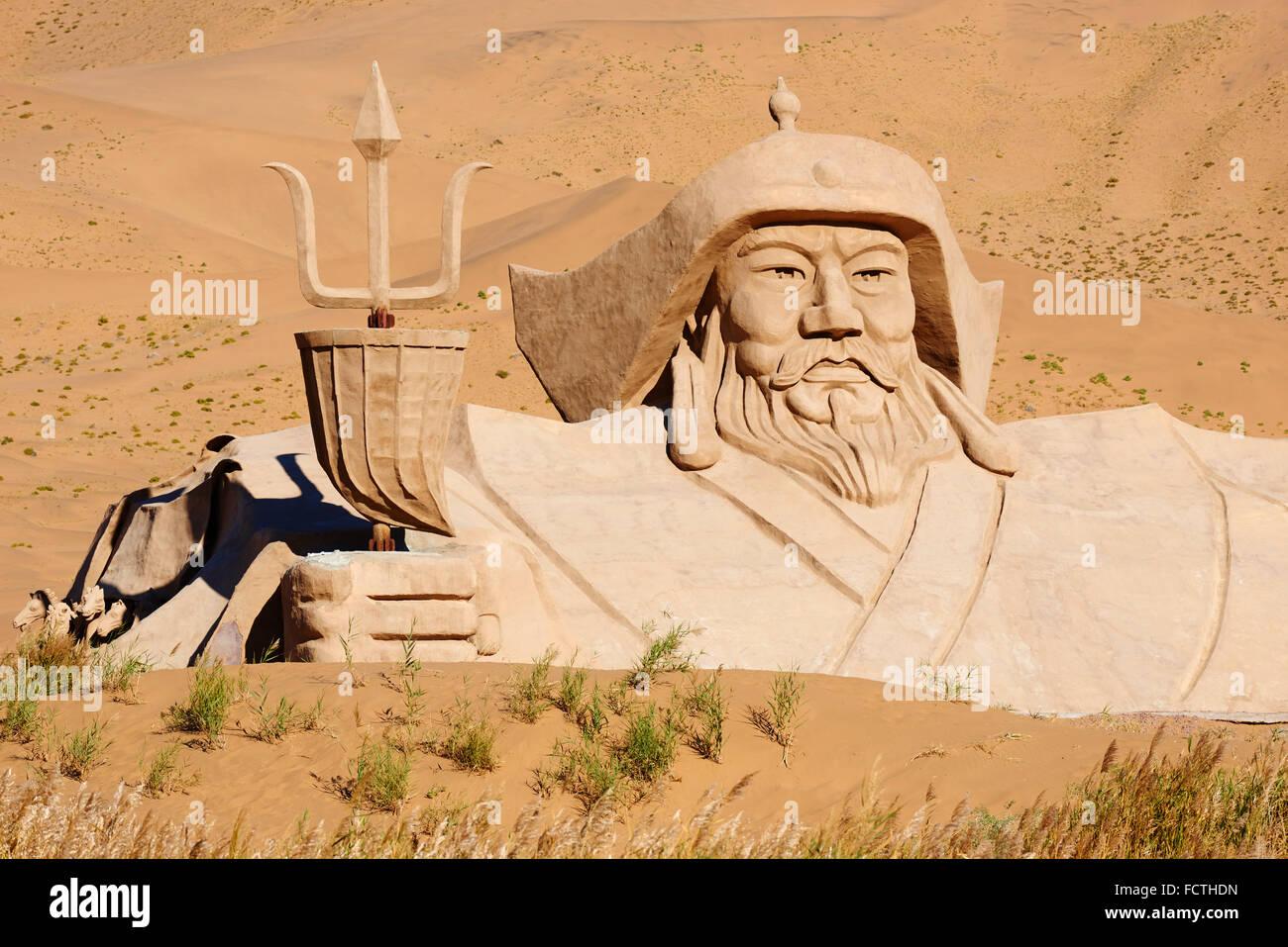 China, Innere Mongolei, Badain Jaran Wüste, Gobi Wüste, Dschingis Khan Statue, mongolischen Kaiser Stockbild