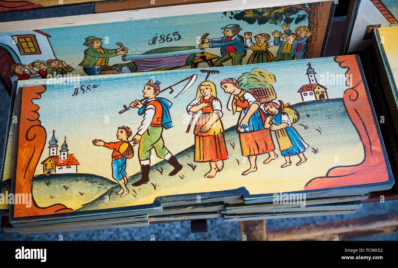 Bienenstock Paneele, Slowenien.  Diese Kopien der Originale sind ein beliebtes Souvenir-Artikel mit Besuchern. Ursprünglich, Stockbild